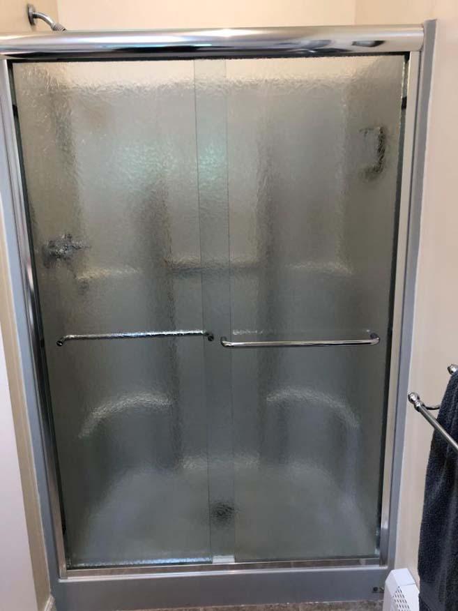 Tub Enclosure